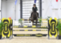 Diva Jumping.jpg