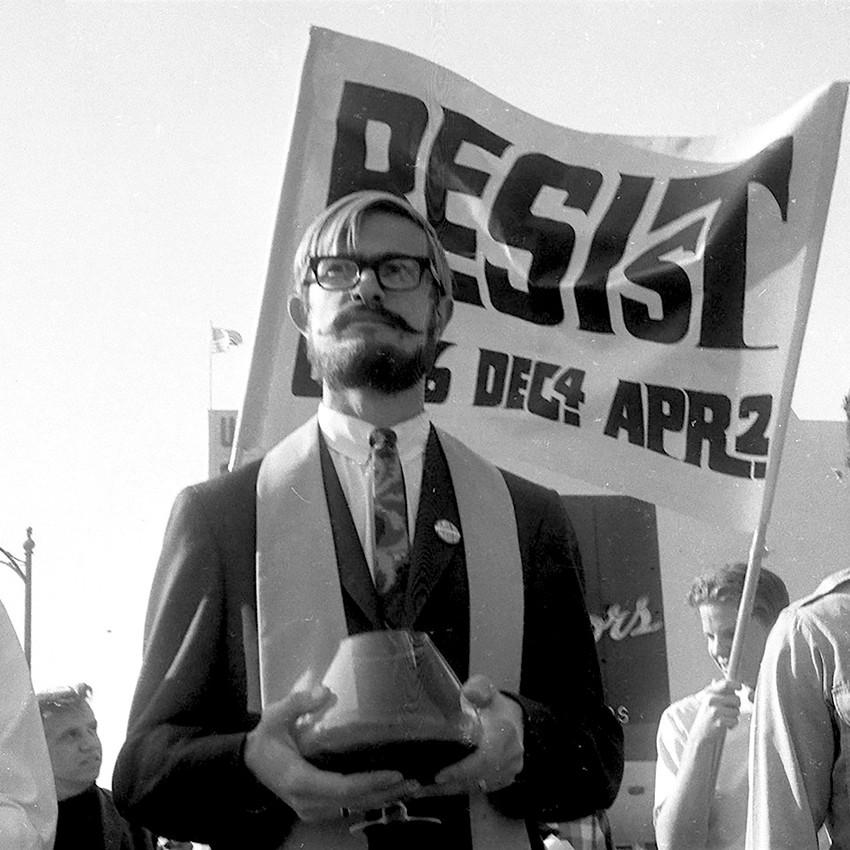 Resist-march