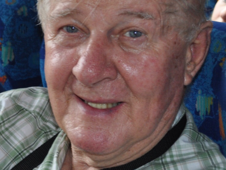 Chatting with seniors: Doug Manstan