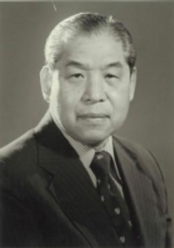 Alex S C Wu, CBE, JP