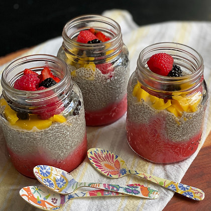 chia & fruit cup