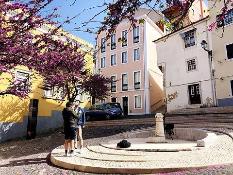 Bairros-de-Lisboa-Mouraria-o-mais-multic