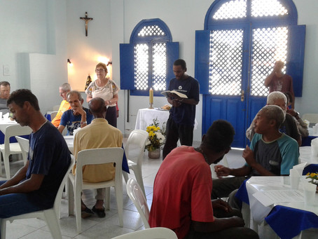 Casa de Acolhida Regina Lúcia Fonseca de Gomes celebra a Festa da Páscoa