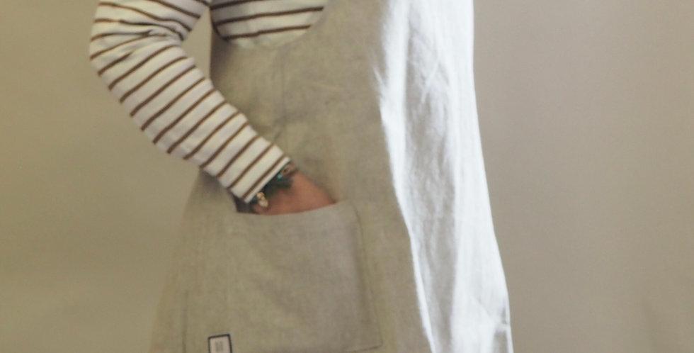Cross Back Apron - French Linen/Old White Annie Sloan Linen Union