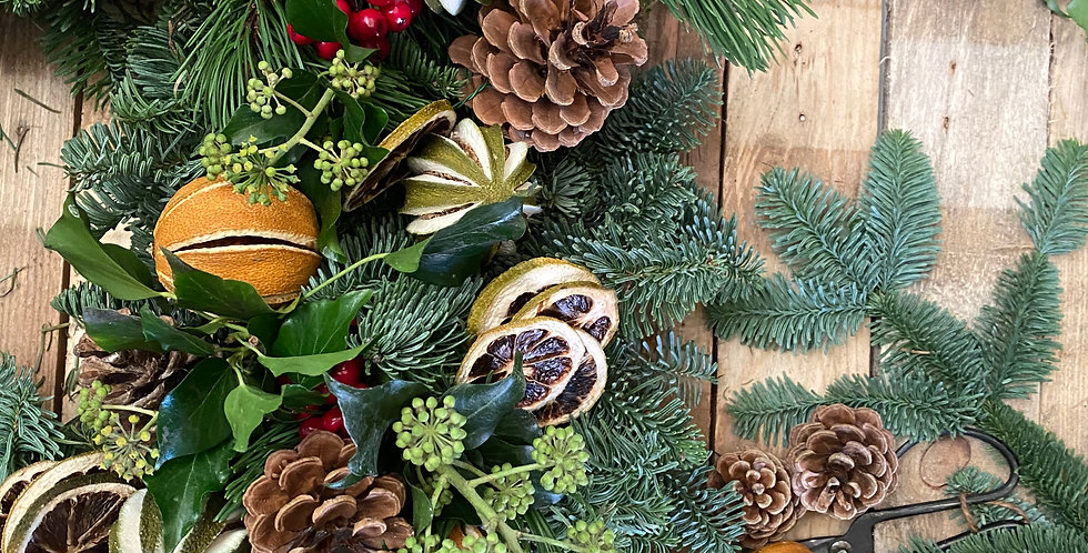 Classic Festive Fresh Christmas Wreath