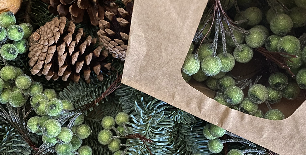 Door Décor Decs - Faux Frosted Green Berries