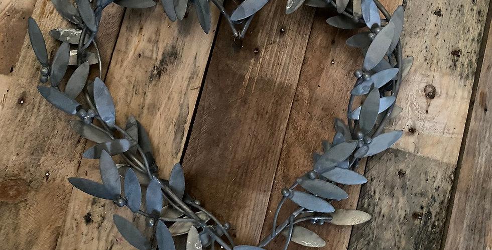 Metal Mistletoe Heart