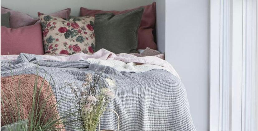 Linen Cushion - Faded Rose