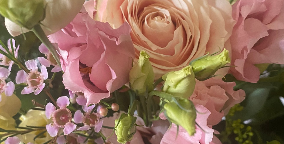 Mother's Day Extra Large Rose Bouquet - No'8