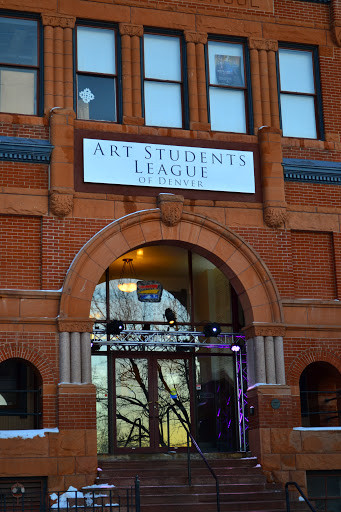 Picture of the front of the Art Students League of Denver building.