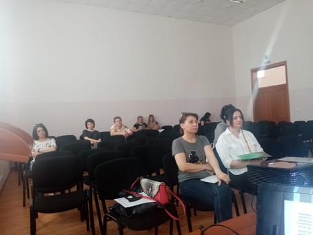На выездном семинаре в  Нижнем Ломове обсудили изменения санитарных правил для салонов красоты...