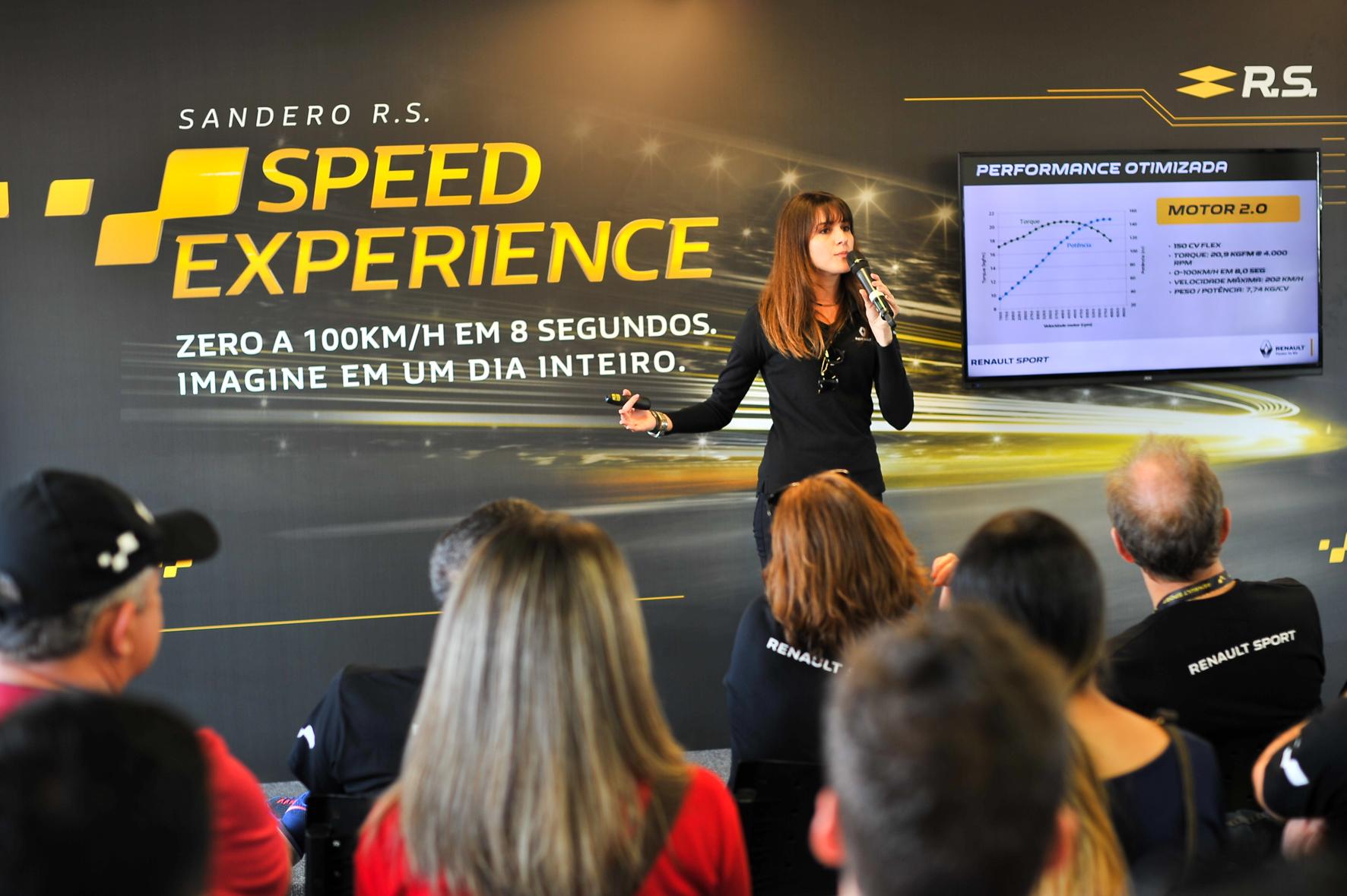 renault_speed_experience_curitiba_by_dudabairros_14551