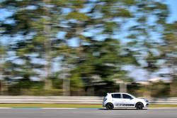 renault_speed_experience_curitiba_by_dudabairros_12602