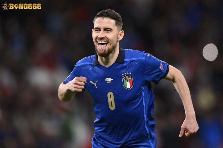 Jorginho - Cầu thủ xuất sắc nhất vô địch Châu Âu