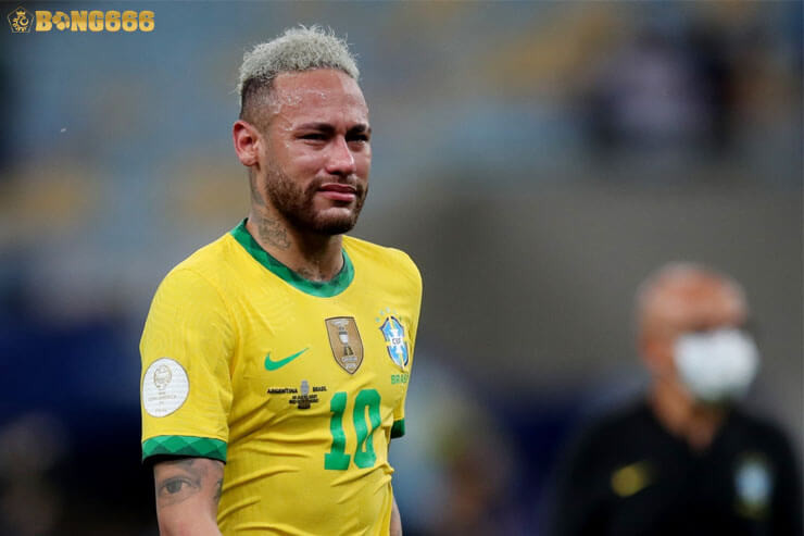 Neymar đã khóc khi Brazil thua Argentian