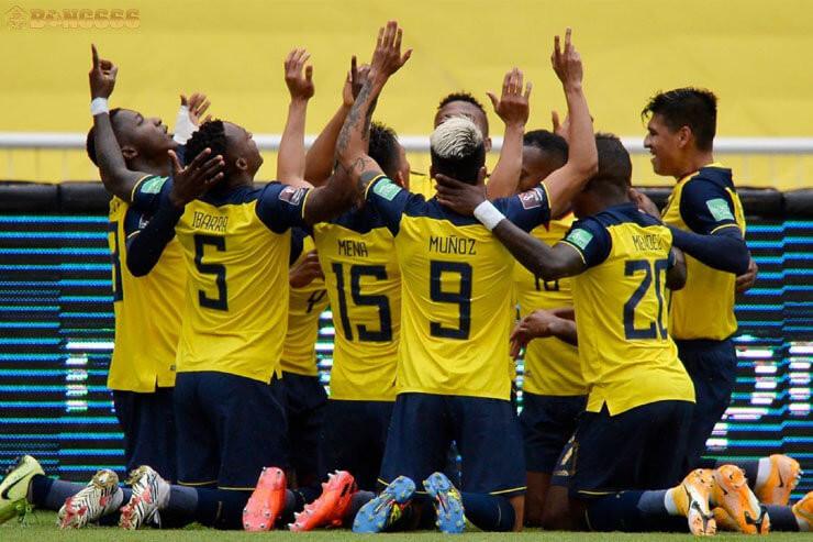 Soi kèo tứ kết Argentina và Ecuador