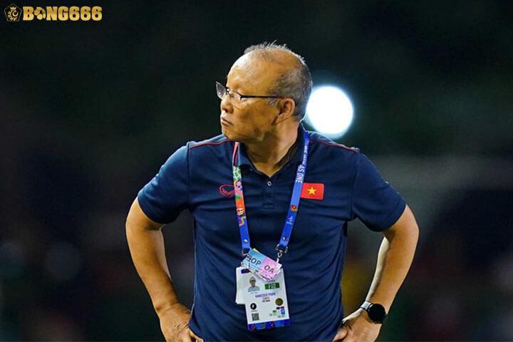 HLV Park Hang Seo - HLV trưởng của đội tuyển Quốc Gia Việt Nam