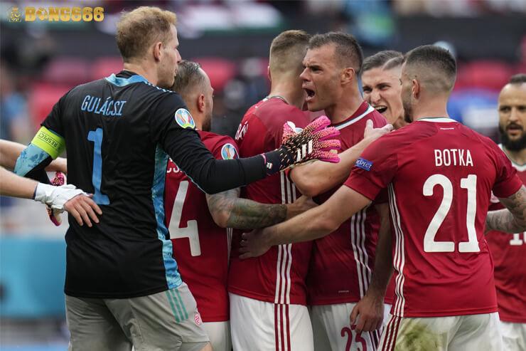 Ukraina Vào Vòng 16 Đội, Thật Bất Công Với Hungary