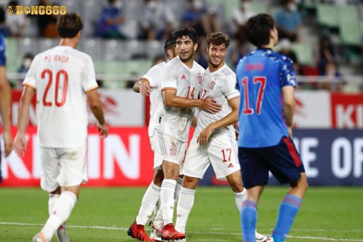 Tây Ban Nha tung ra sân với đội tuyển nửa tỷ bảng