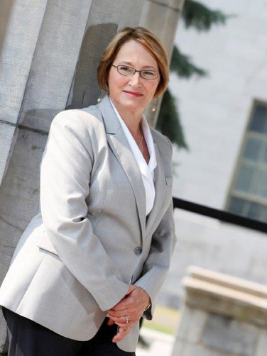 Dr. Suzanne Fortier