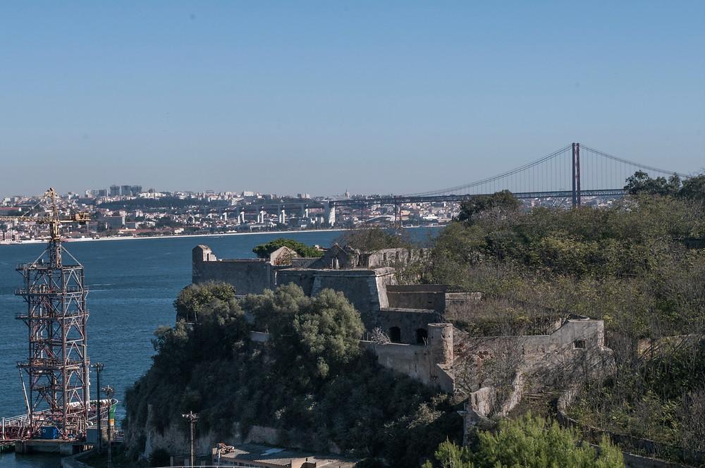 Torre de S.Sebastião vista de terra (oeste)