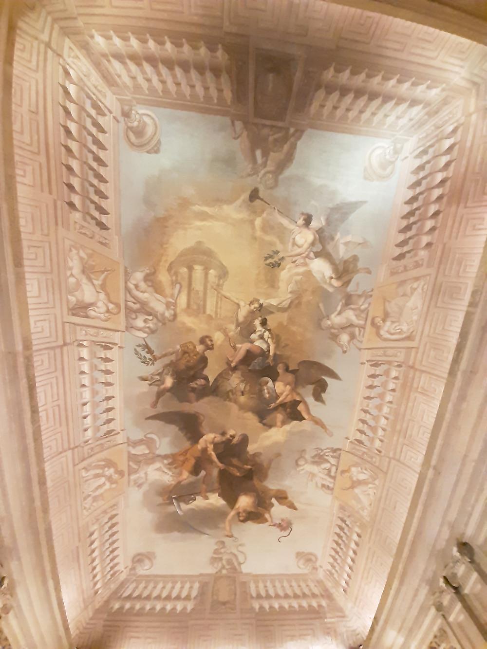"""Palácio Nacional da Ajuda. Escadaria Nobre, """"A Monarquia Lusitana"""", de Noberto José Ribeiro."""