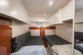 45 foot interior 3 bedroom 2.jpg