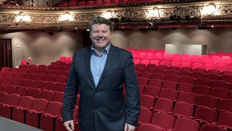 Watford MP visits Palace Theatre