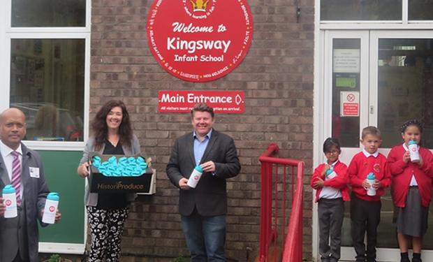 Dean Russell MP Watford visiting Kingsway Infant School