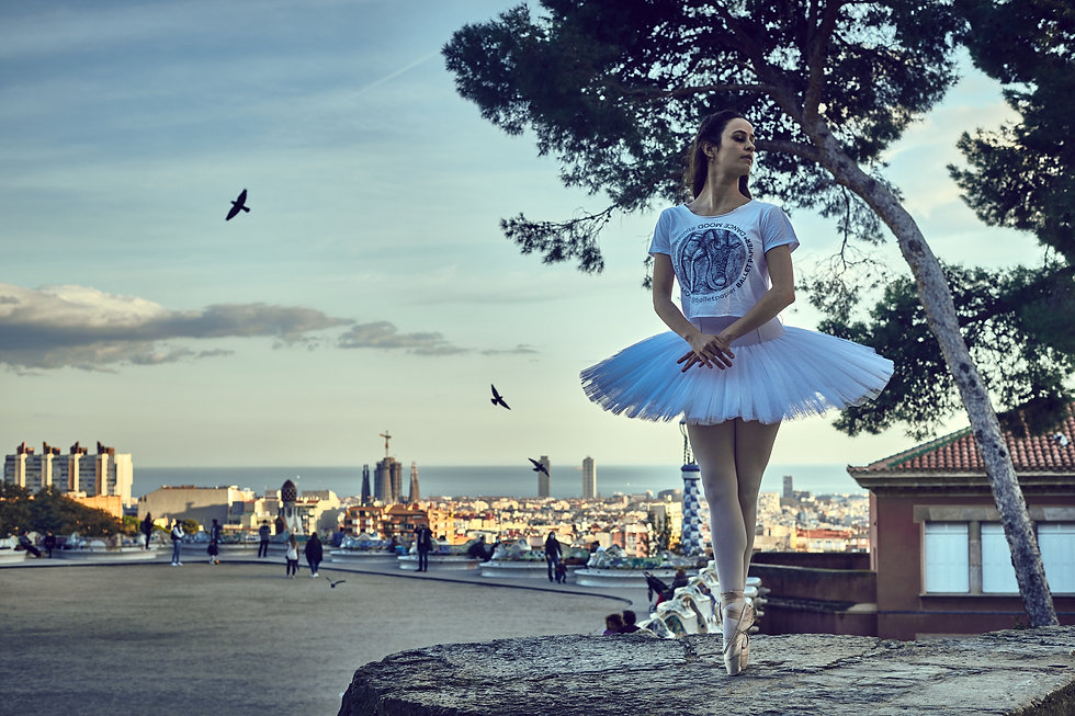 Ballet Papier Dance Mood T-shirt Model Ambar Gavilano photography Delumine