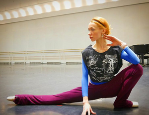 Iana Salenko wearing Ballet Papier Dance in Extremis T-shirt Tie Back