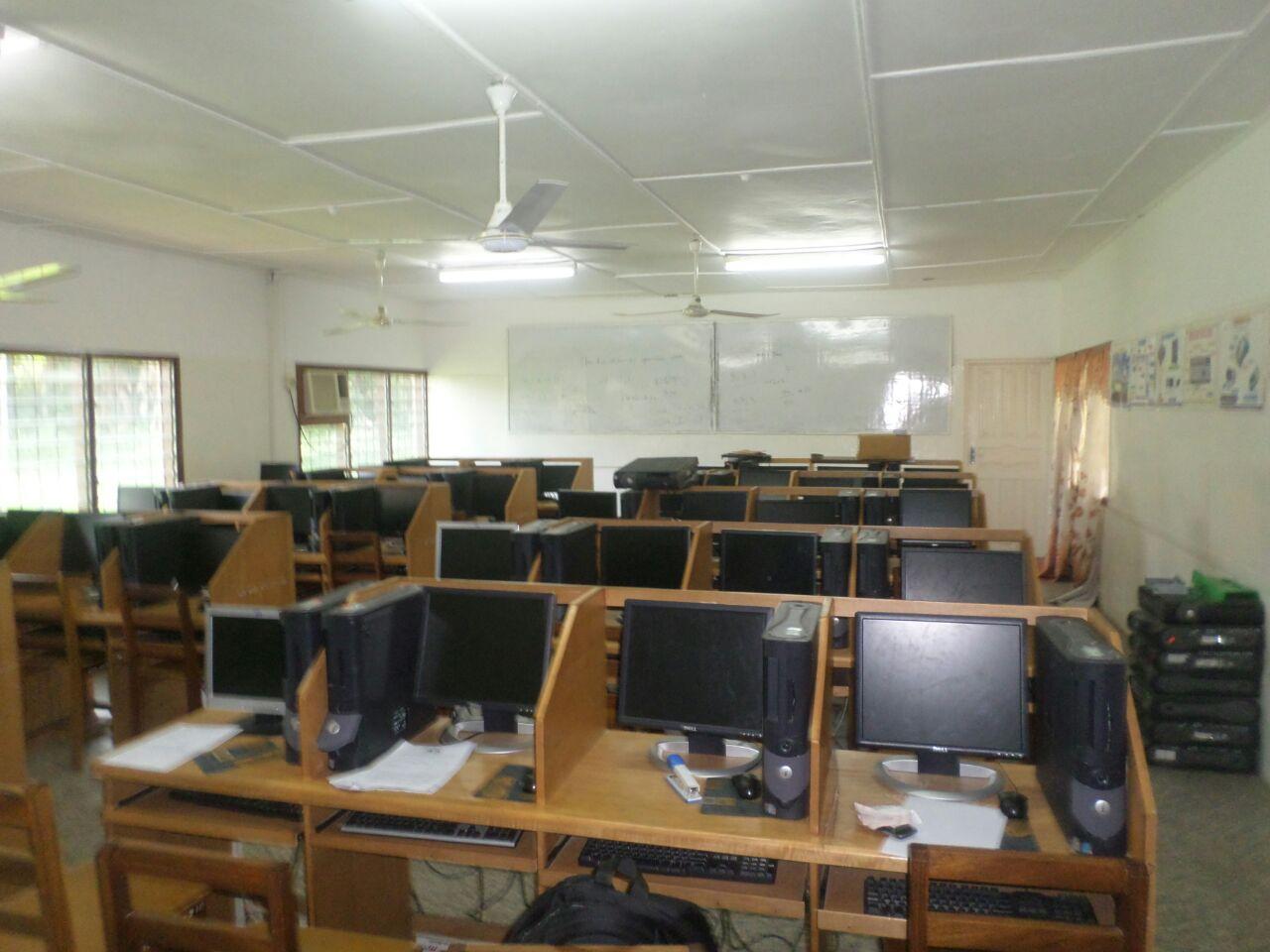 SOS Hermann Gmeiner  Computer Lab