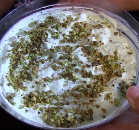 Jello Salad (Pistachio)