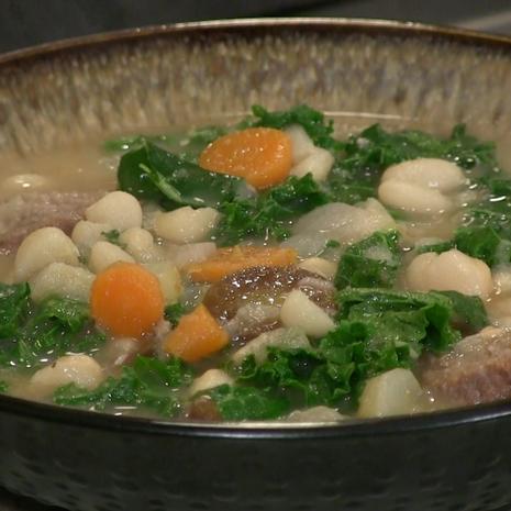 Sausage, Bean & Kale Soup