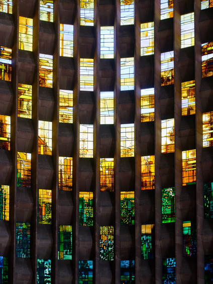 Coventry Cathedral-02.jpg