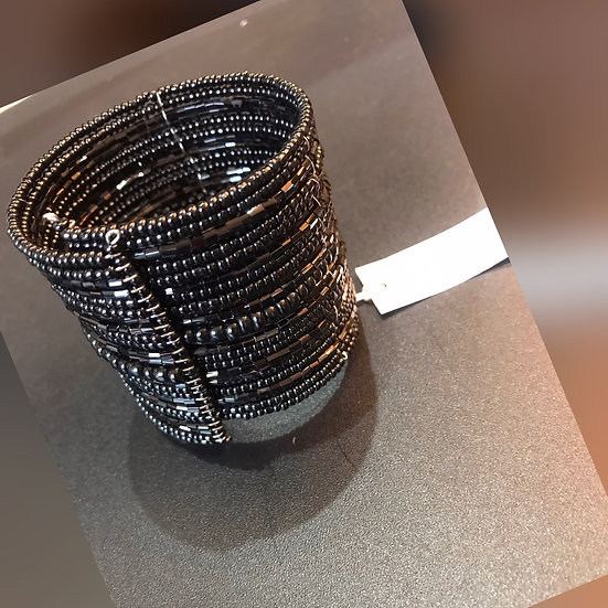 Expanding wired cuff Bracelet