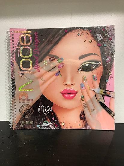 Top Model- Hand Designer