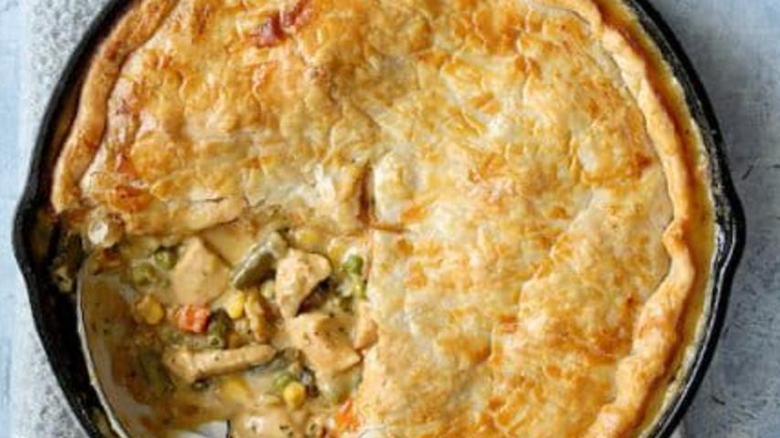 Large - Vegetarian or Vegan Mock Chicken Pot Pies
