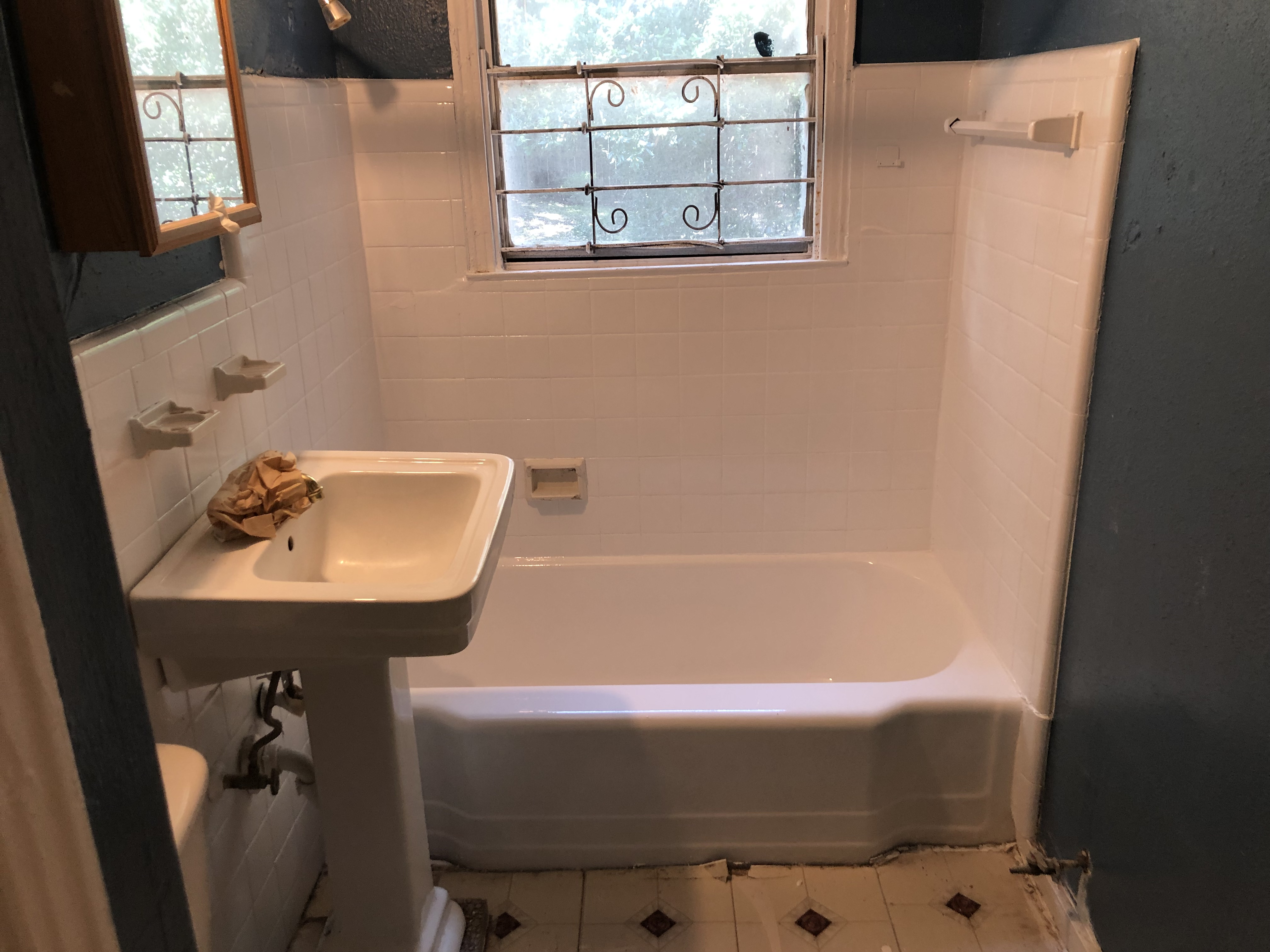 Refinish Tub and Tile