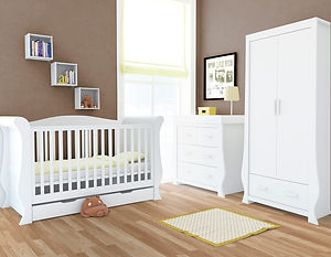 Hollie_FurnitureSet_FreshWhite.jpg