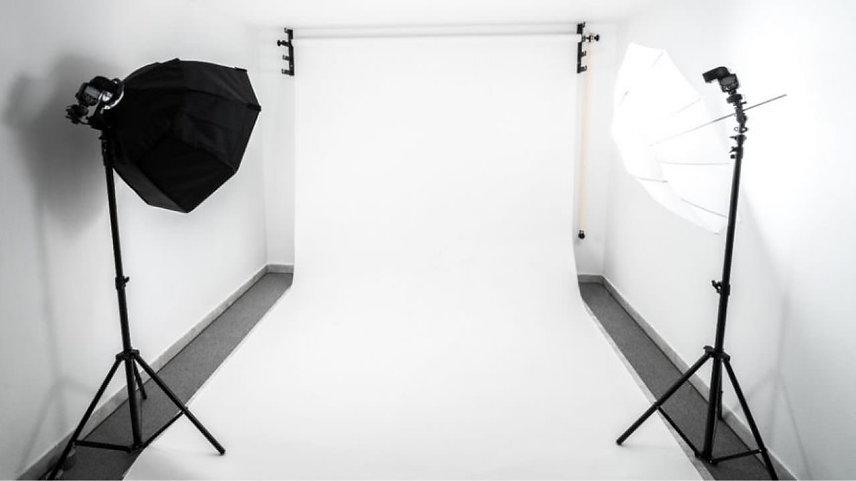 Photo-studio-1280x720.jpg