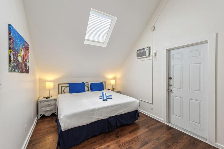 121 Bedroom 1.jpeg