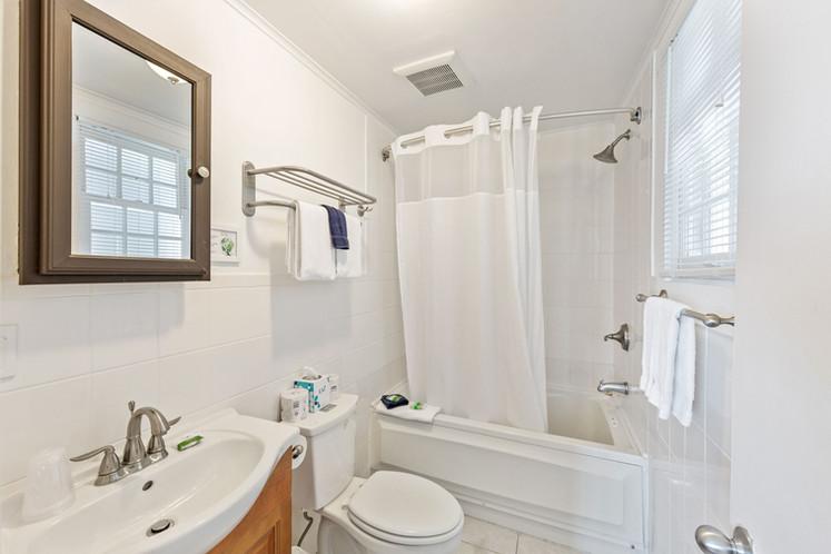 107 Bathroom 1.jpeg