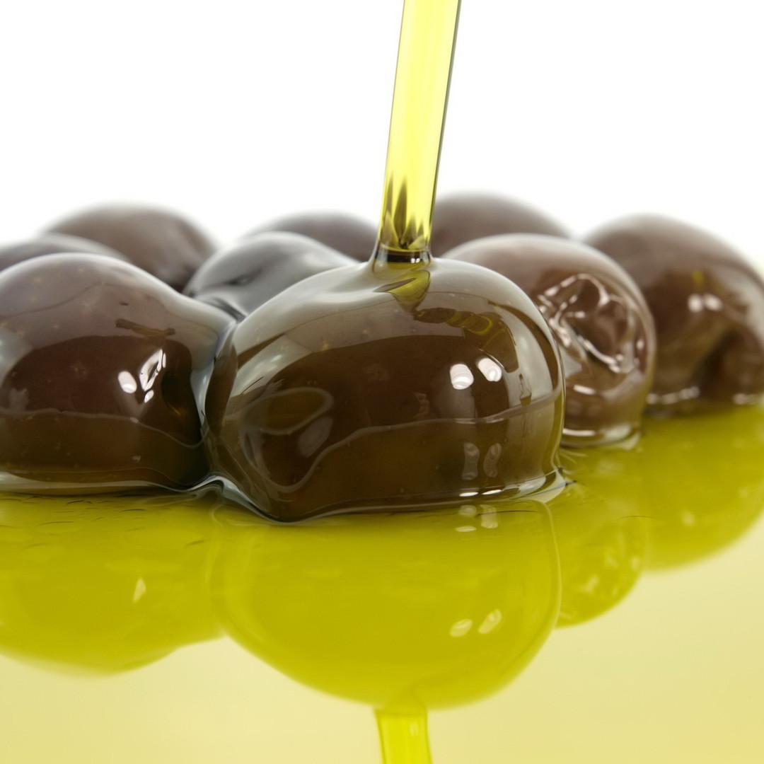 Griekse olijfolie van Olimato is te gebruiken voor verschillende kook doeleinden.