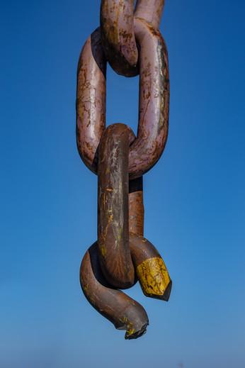 Hanging chain.jpg