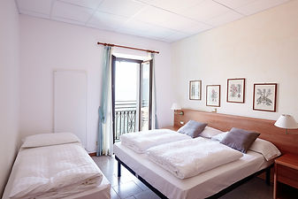 triple room lake view Como Lake