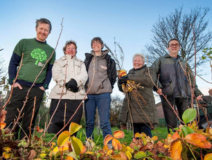 Community Project Helps Leeds Orchard Win Prize!