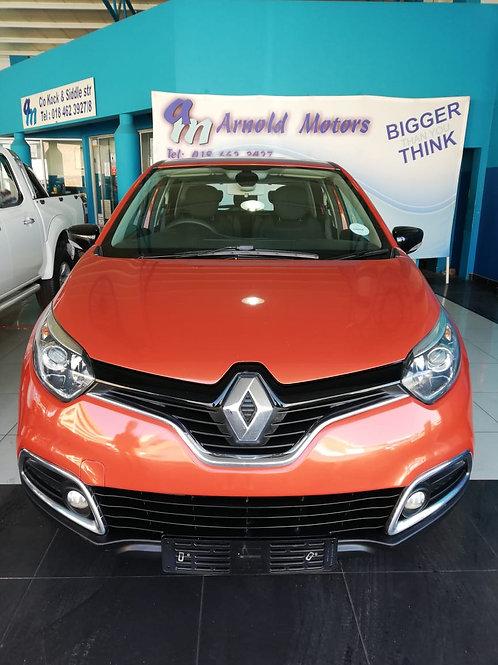 Renault Captur 900 T Expression 5dr 2016
