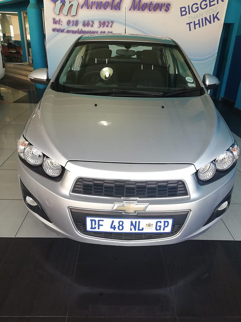Chevrolet Sonic 1.6 LS 2014