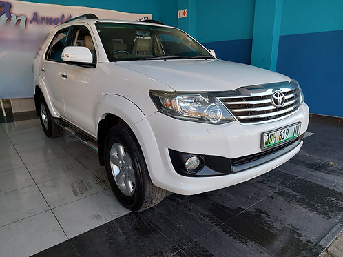 2012 Toyota Fortuner 4.0 V6 A/T 4x4 Heritage Edition